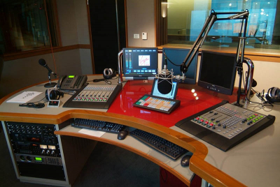Deadline for community broadcasting licences looming.