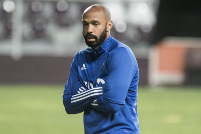 Football star Thierry Henry to quit social media over racism.
