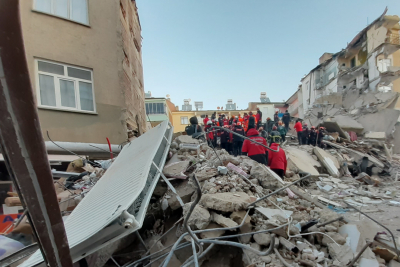 Rescue efforts under way after deadly earthquake in Turkey, Greece.