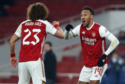Arsenal edge Fulham closer to relegation after last-gasp Nketiah equaliser.