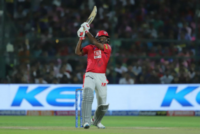 Gayle fined for flinging bat after missing IPL century.