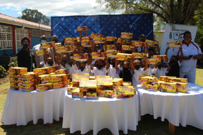 Barefoot Worcester children receive school shoes & Elsies River school receives a new kitchen.