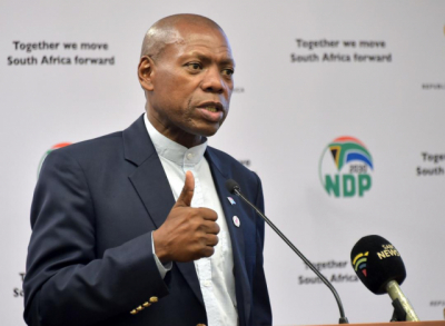 Mkhize slams UK not to blame South Africa over COVID-19 variant claims.