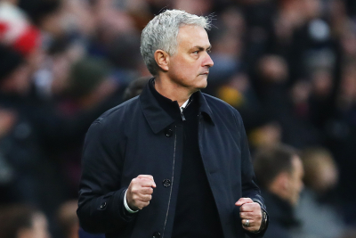 Mourinho - It is impossible to keep his whole squad happy.