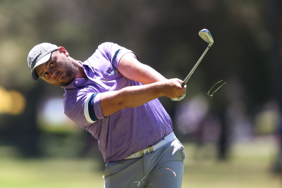Van Tonder on track for another win - Investec Royal Swazi Open.