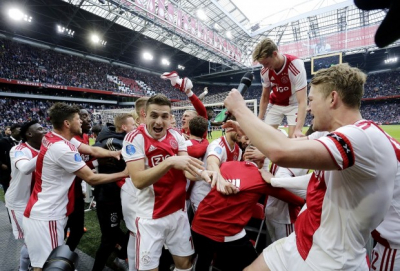 Ajax set new Eredivisie win record with 13-0 drubbing of VVV.